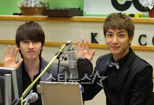 Leeteuk Eunhyuk'u Bo�az�ndan Yakalad�, Peki Ama Neden? /// 19.06.11